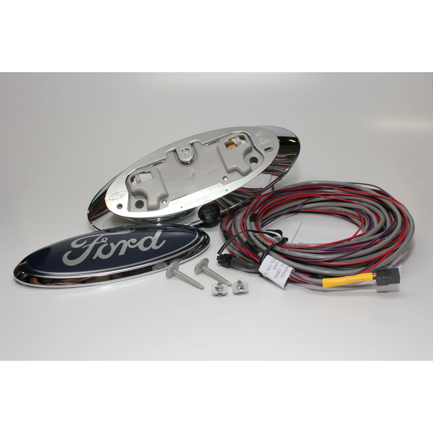 Mito Auto ® - Ford Emblem Camera With 28 Feet Harness And Guidelines Wire Harnesses Being Emblem on