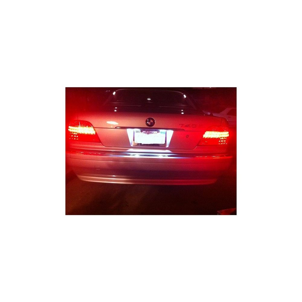 Spyder Auto ® - Red Clear LED Tail Lights (5000620)