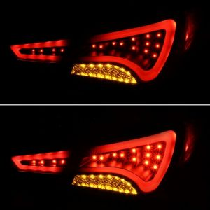 Spyder Auto ® - Black Light Bar Style LED Tail Lights (5075246)