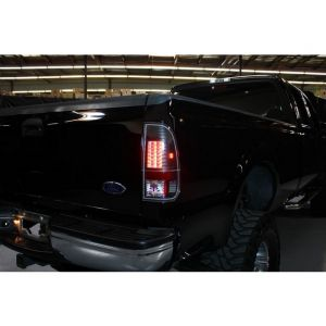 Spyder Auto ® - Black Version 2 LED Tail Lights (5029133)