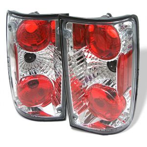 Spyder Auto ® - Chrome Euro Style Tail Lights (5007643)
