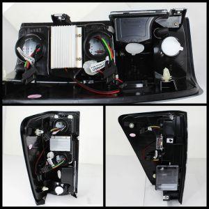 Spyder Auto ® - Smoke LED Tail Lights (5070098)