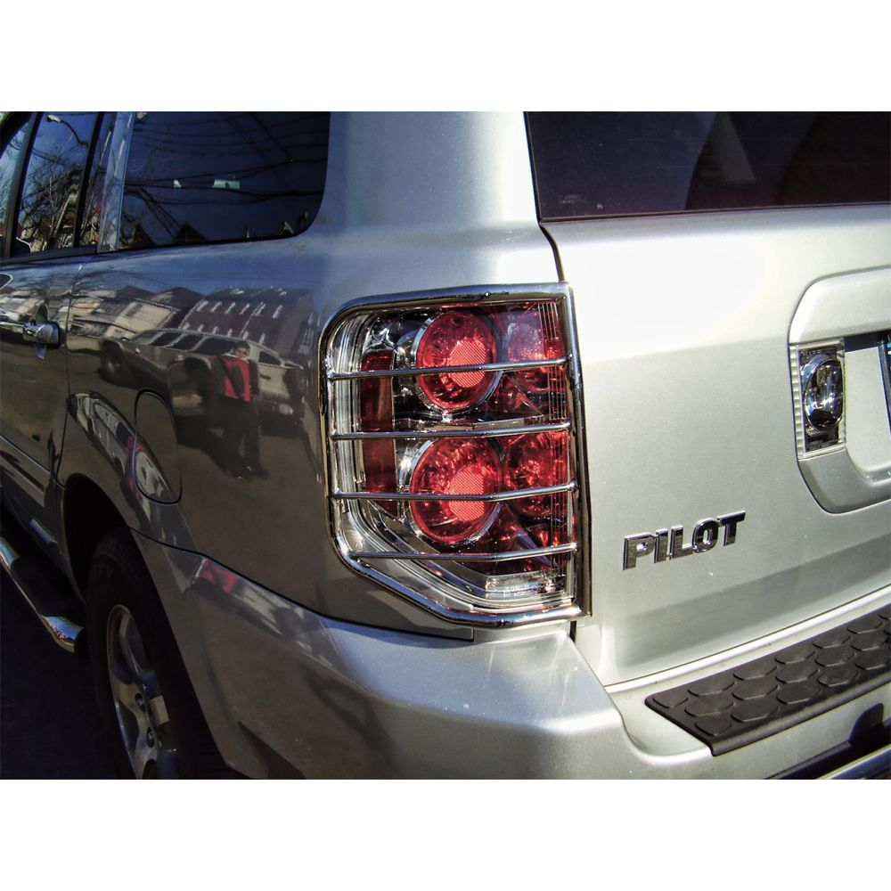 Black Horse Off Road ® - Tail Light Guards (7G151006SS)