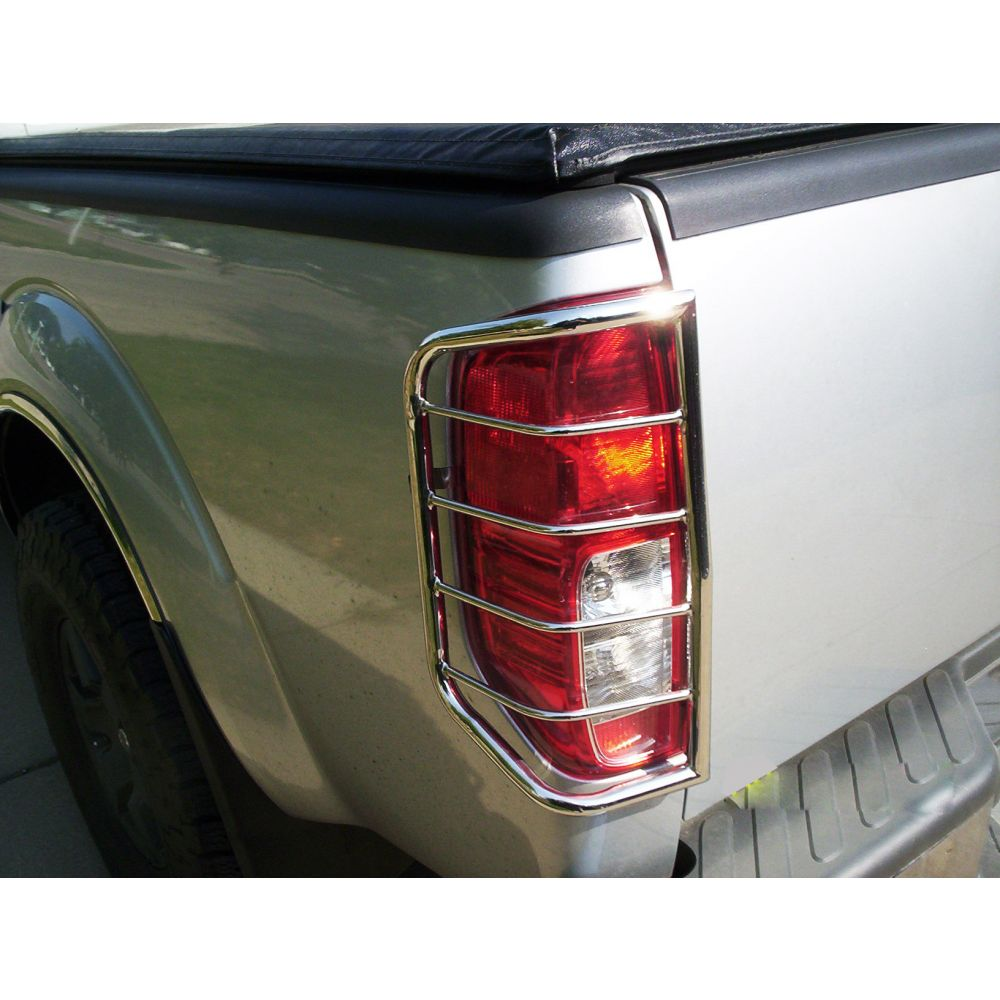 Black Horse Off Road ® - Tail Light Guards (7NIFRSS)