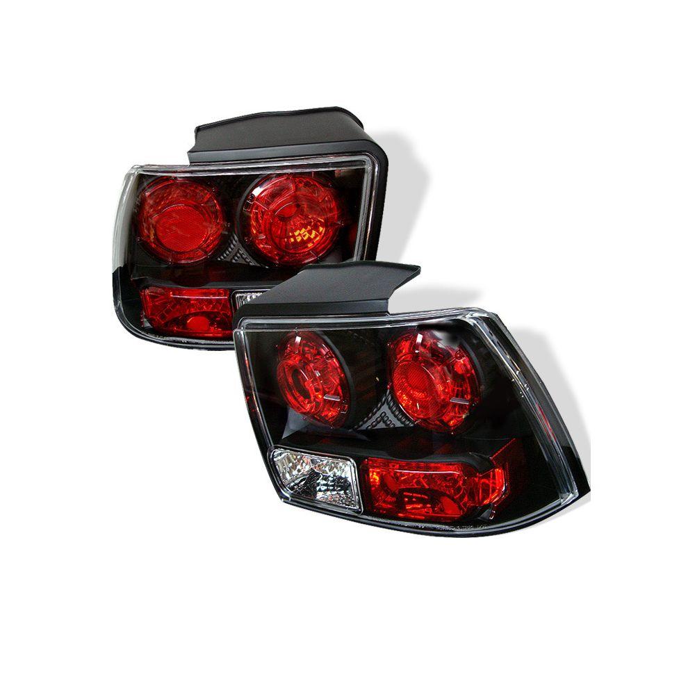 Spyder Auto ® - Black Euro Style Tail Lights (5003669)