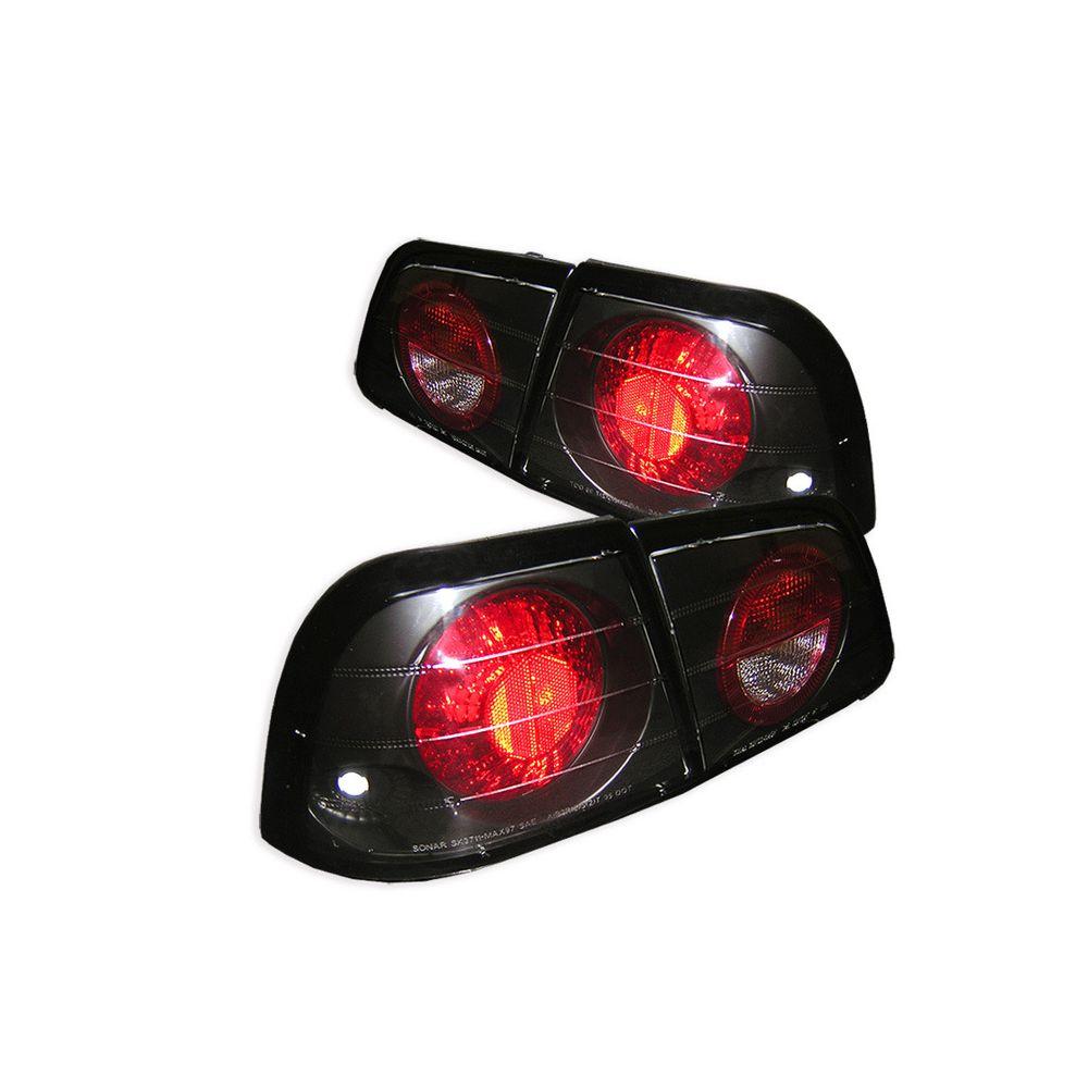 Spyder Auto ® - Black Euro Style Tail Lights (5006950)