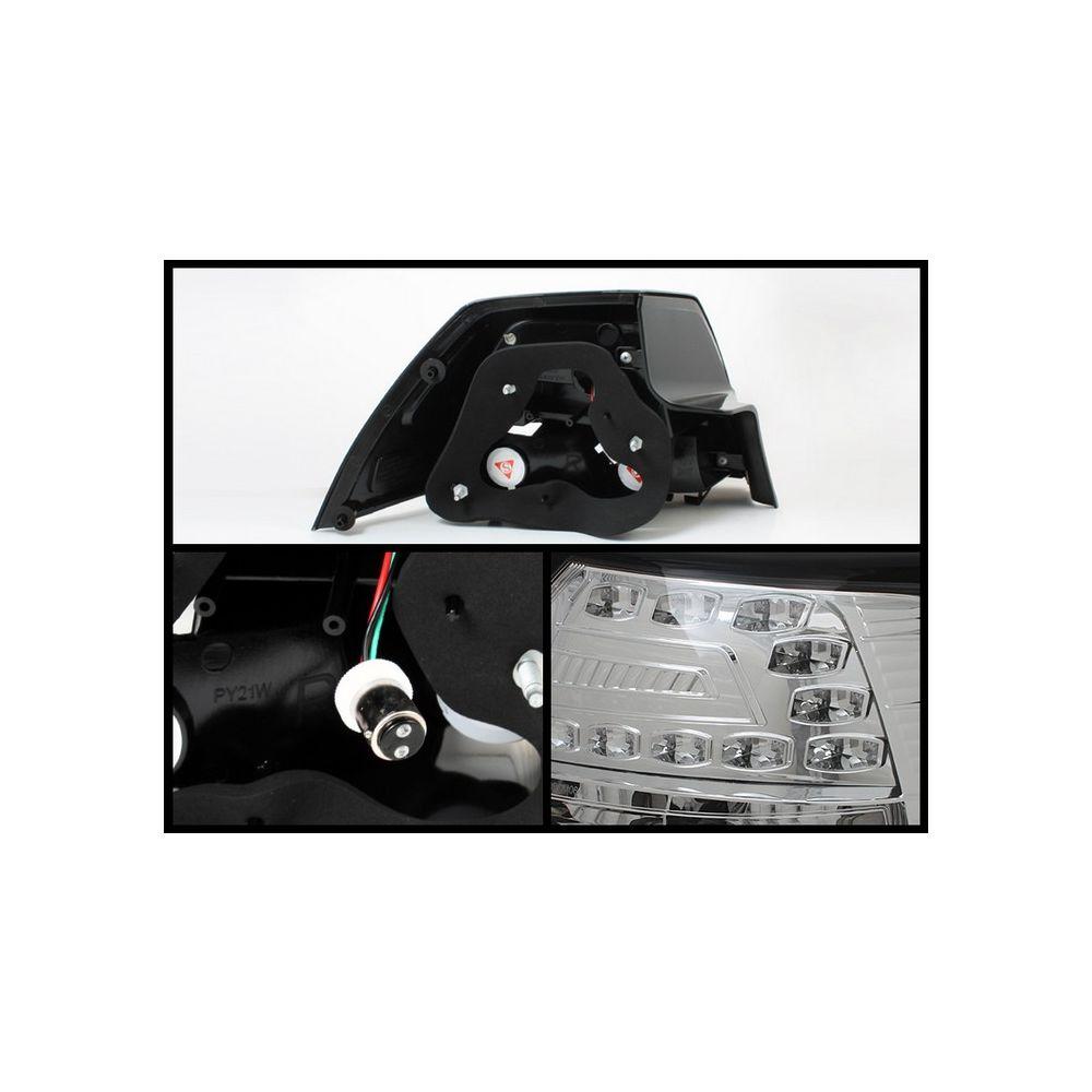 Spyder Auto ® - Chrome LED Tail Lights (5008596)