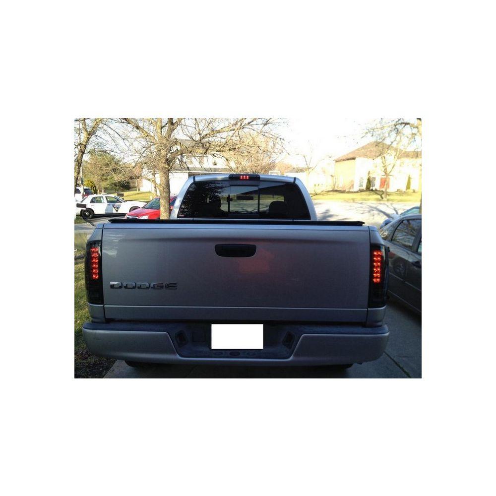Spyder Auto ® - Smoke LED Tail Light (5002594)